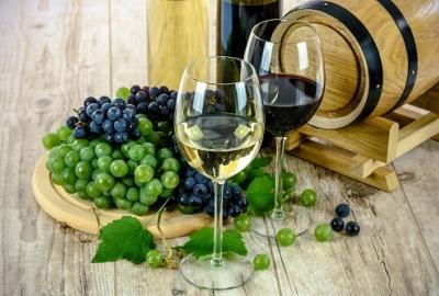 HPLC analysis of wine